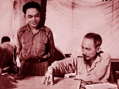 Hồ Chí Minh - Võ Nguyên Giáp trong mối quan hệ đặc biệt của lịch sử