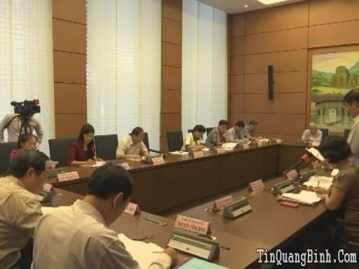 Hoạt động của Đoàn ĐBQH tỉnh Quảng Bình tại kỳ họp thứ 9, Quốc hội khóa XIII