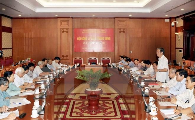 Hội đồng Lý luận Trung ương tiến hành kỳ họp thứ 16