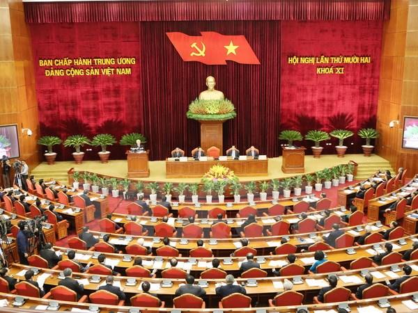 Hội nghị 12 ngày thứ 5: Thảo luận về chuẩn bị nhân sự Bộ Chính trị