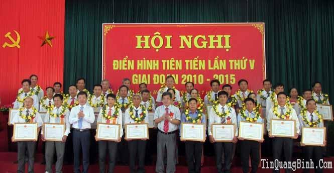 Hội Nông dân tỉnh: Hội nghị điển hình tiên tiến lần thứ V, giai đoạn 2010-2015