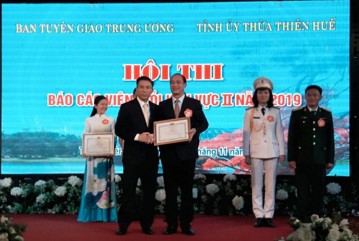 Hội thi báo cáo viên giỏi khu vực II năm 2019: Đoàn Quảng Bình giành giải nhất