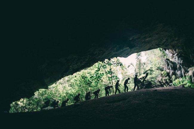 Khám phá hang động Tú Làn đầy bí hiểm ở Quảng Bình