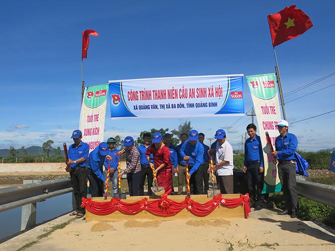 Khởi công xây dựng cầu dân sinh ở xã Quảng Văn