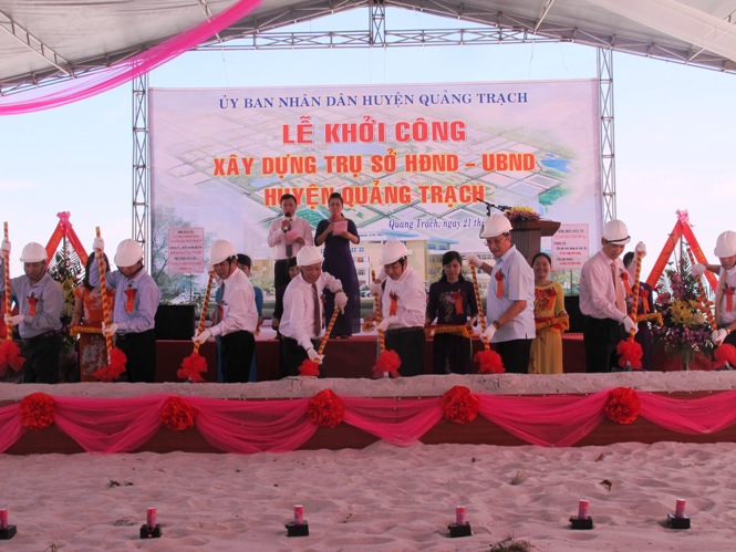 Khởi công xây dựng trụ sở HĐND và UBND huyện Quảng Trạch