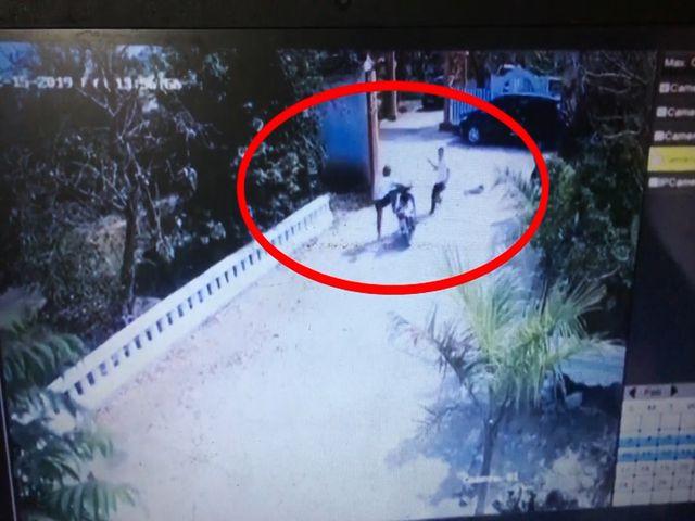 Khởi tố đối tượng nghi dùng súng bắn người giữa cổng làng