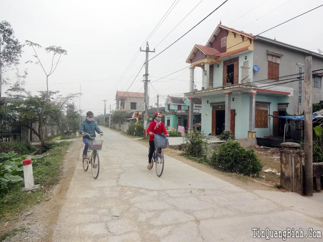 """Làng Hạ Thôn âm thầm giữ """"hồn"""" nón Việt"""