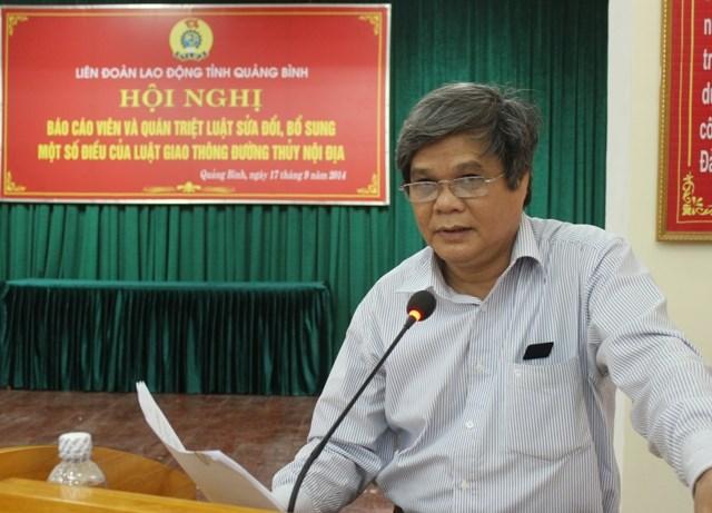 LĐLĐ Quảng Bình: Tổ chức Hội nghị Báo cáo viên năm 2014