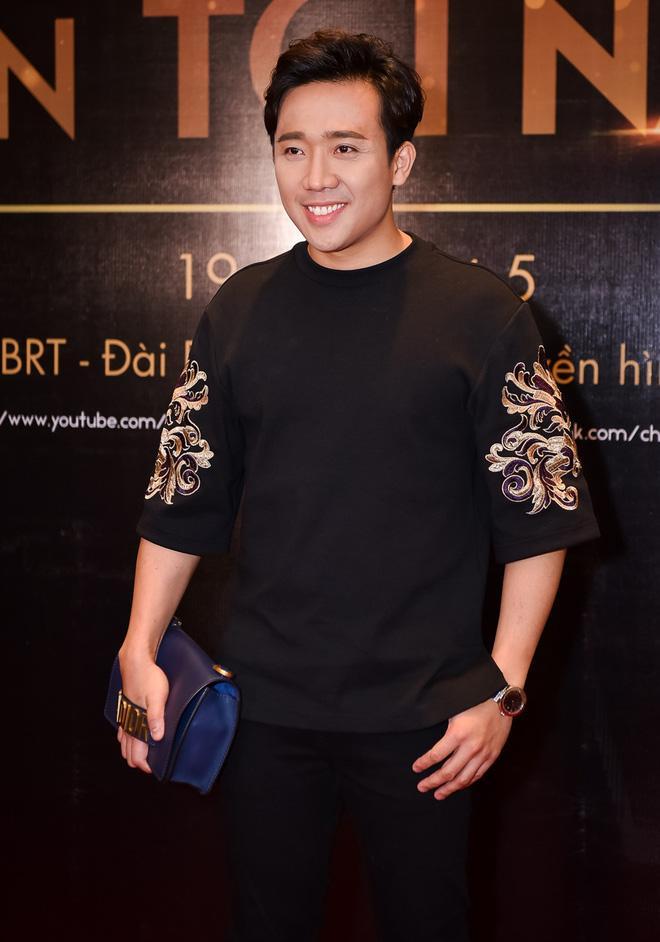Mai Ngô khóc nấc khi bị Phan Anh chỉ trích thiếu tôn trọng; Trấn Thành ra mắt show mang tên mình