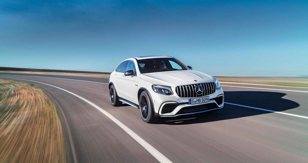 """Mercedes-Benz tiếp tục """"trên đỉnh"""" phân khúc xe sang"""