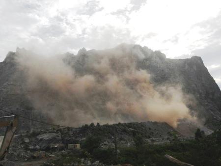 Một người ngã, tử vong tại mỏ đá Lèn Na, Tuyên Hóa