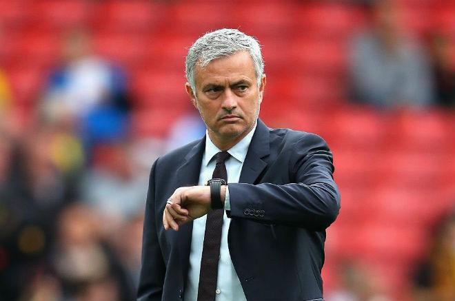"""Mourinho """"yêu"""" Fellaini, Martial ở MU: Coi chừng chiều quá dễ sinh hư"""