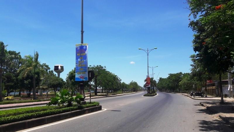 Muôn kiểu tránh nắng của người dân Quảng Bình