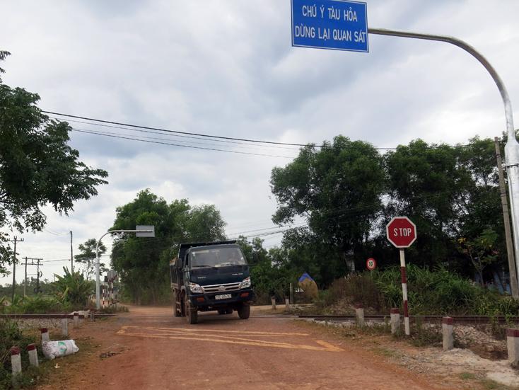 Mỹ Thủy: Nguy hiểm từ đường ngang dân sinh