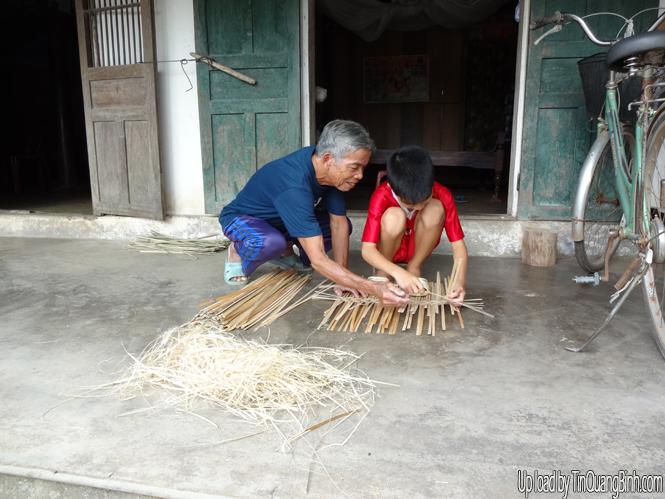 Nghề đan lát Xuân Bồ xưa và nay