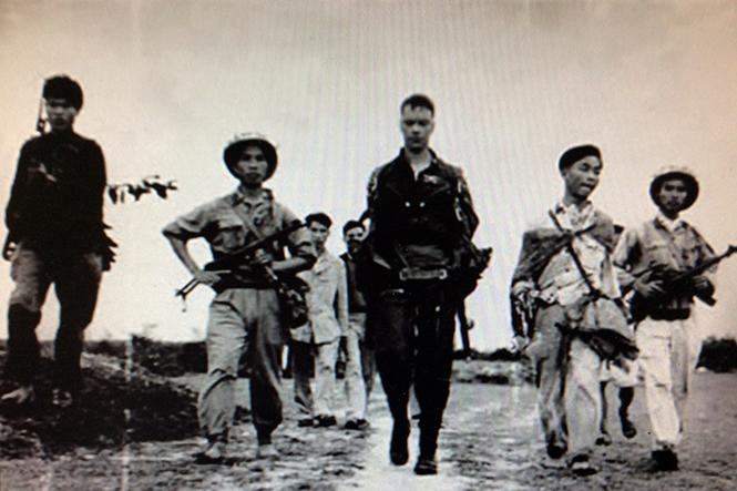 Người Lý Ninh bắt phi công Mỹ: Chuyện bây giờ mới kể