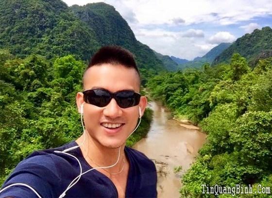 Người mẫu Trung Cương: Nhật ký thám hiểm Sơn Đoòng ngày thứ nhất - Quy trình đi vệ sinh đặc biệt