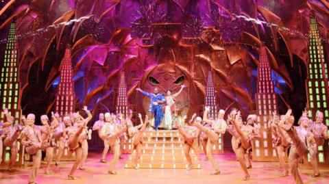 Nhạc kịch 'Aladdin' tới sân khấu West End