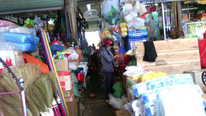 Nhiều nguy cơ tiềm ẩn cháy nổ ở chợ