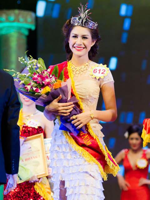 Nữ hoàng Trang sức đặc cách thí sinh đã thi hoa hậu, người đẹp