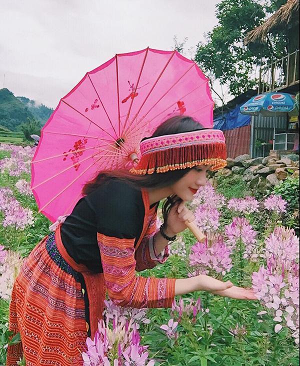 Nữ sinh Quảng Bình tài sắc vẹn toàn bao người mê