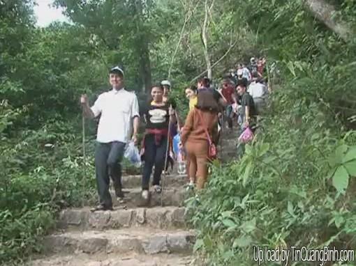 Núi Thần Đinh - Điểm du lịch văn hóa tâm linh