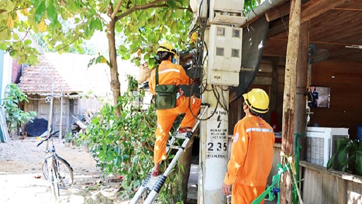 PC Quảng Bình: Tăng cường quản lý thiết bị đo, đếm điện