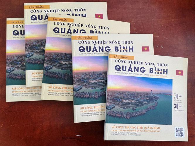 Phát hành ấn phẩm quảng bá sản phẩm công nghiệp nông thôn