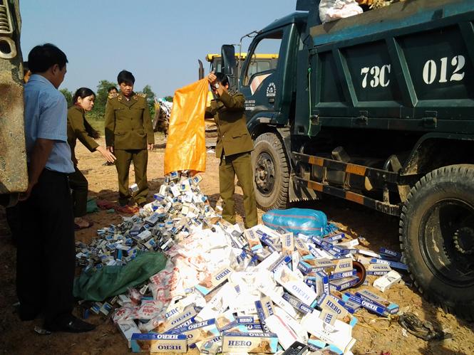 Phát hiện và xử lý 128 vụ vi phạm về thuốc lá và rượu nhập lậu