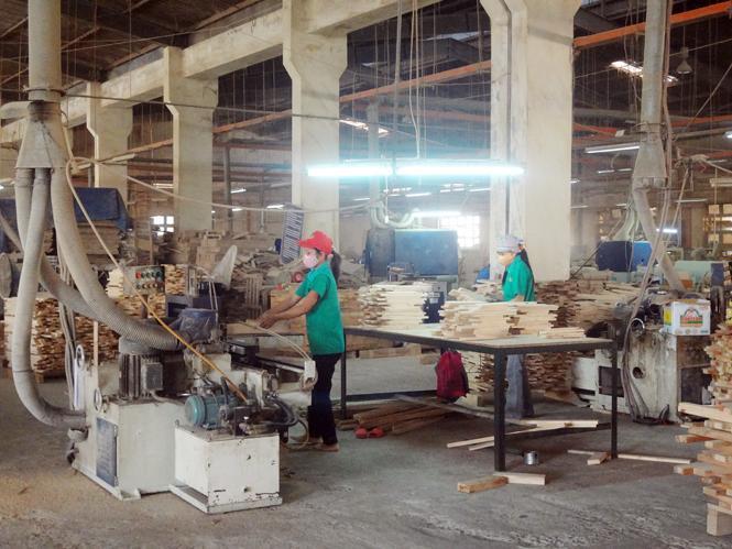Phát triển ngành công nghiệp chế biến: Vẫn còn những bất cập
