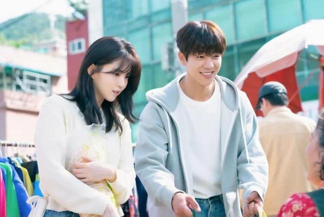 Phim 19+ Nevertheless tập 6: Han So Hee khiến bạn trai mới tuyên bố đối đầu với Song Kang để giành lấy tình yêu
