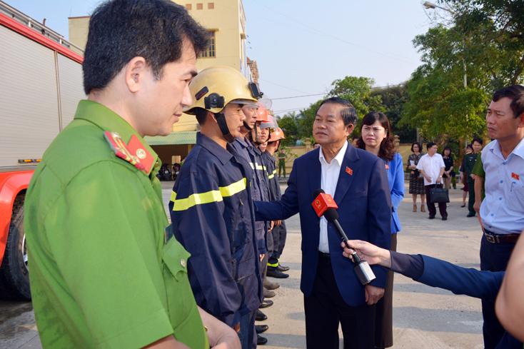 Phó Chủ tịch Quốc hội Đỗ Bá Tỵ làm việc với tỉnh Quảng Bình