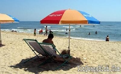 Quảng Bình: Công nhận bãi biển Nhật Lệ, Quang Phú và Bảo Ninh là điểm du lịch địa phương