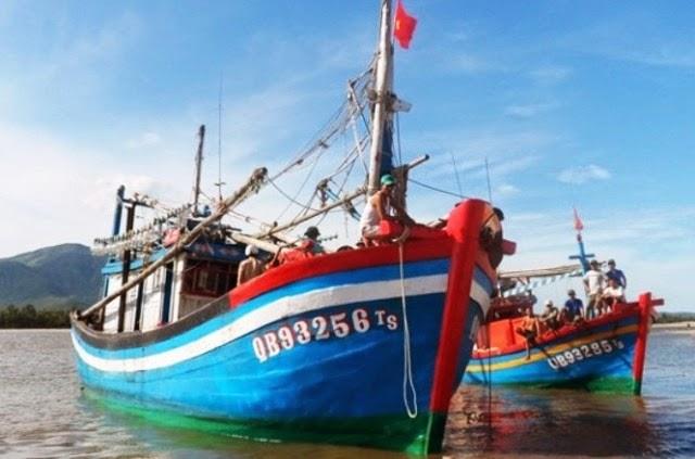 Quảng Bình: Hỗ trợ 13 ngư dân vừa trở về sau thời gian bị Trung Quốc bắt giữ
