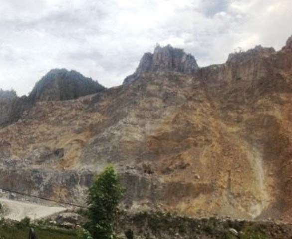 Quảng Bình: Lại xảy ra tai nạn chết người tại mỏ đá