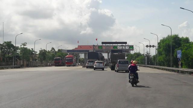 Quảng Bình: Đường BOT xuống cấp, dân nộp tiền oan qua trạm thu phí