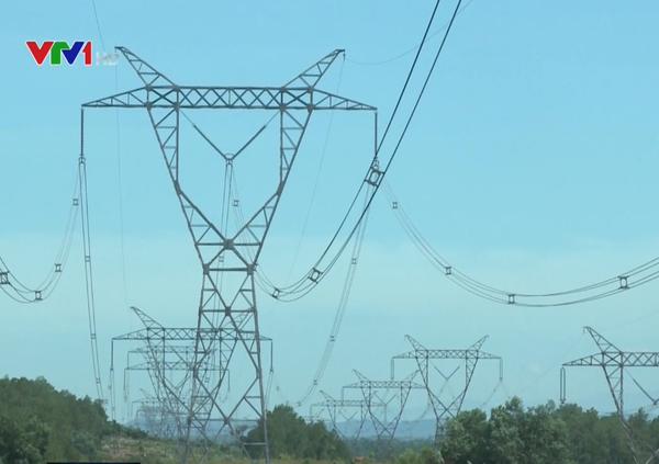 Quảng Bình nỗ lực đảm bảo an toàn lưới điện mùa nắng nóng