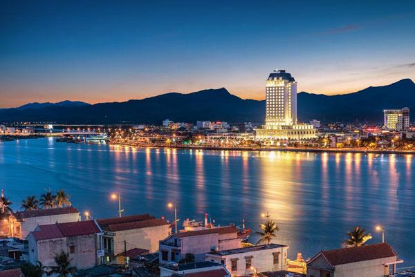 Quảng Bình tập trung phát triển hạ tầng, cơ sở lưu trú phục vụ khách du lịch