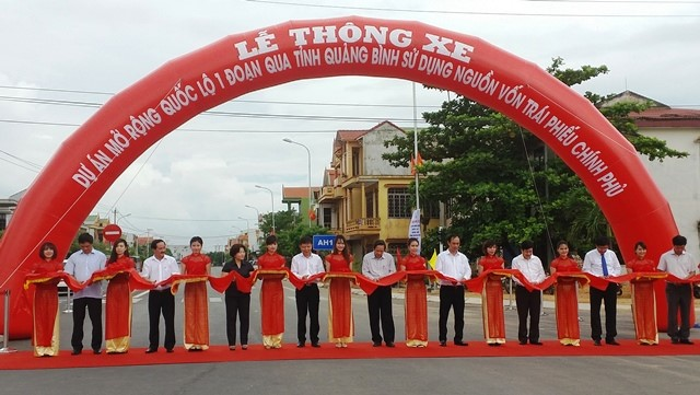 Quảng Bình: Thông xe hơn 80km mở rộng QL1