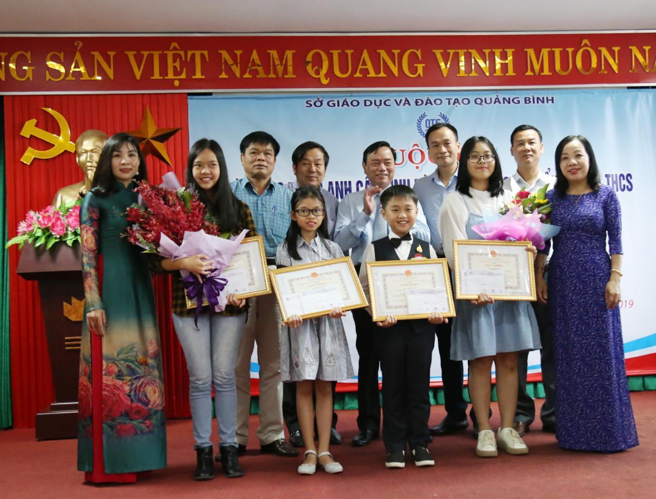 Quảng Bình: Trao giải cuộc thi Tài năng tiếng Anh cấp tỉnh