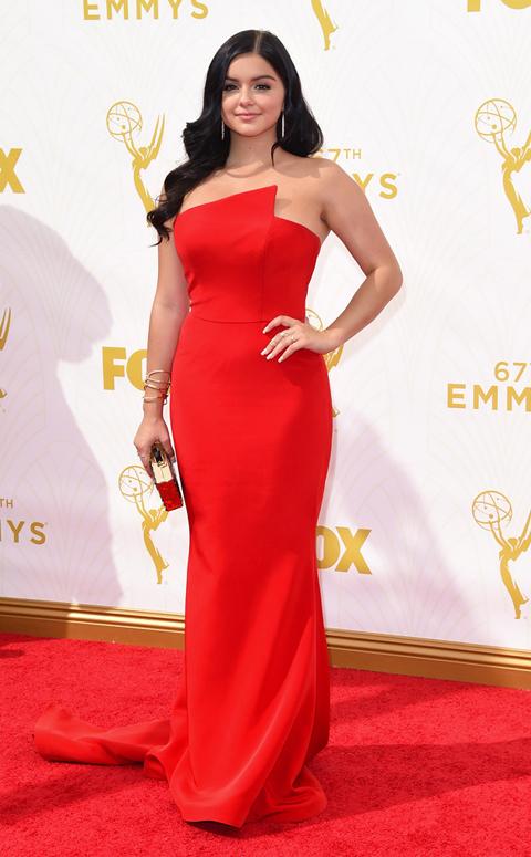 Sao truyền hình váy áo xúng xính trong lễ trao giải Emmy