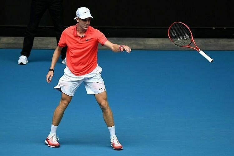 Shapovalov bị loại ở vòng một Australia Mở rộng