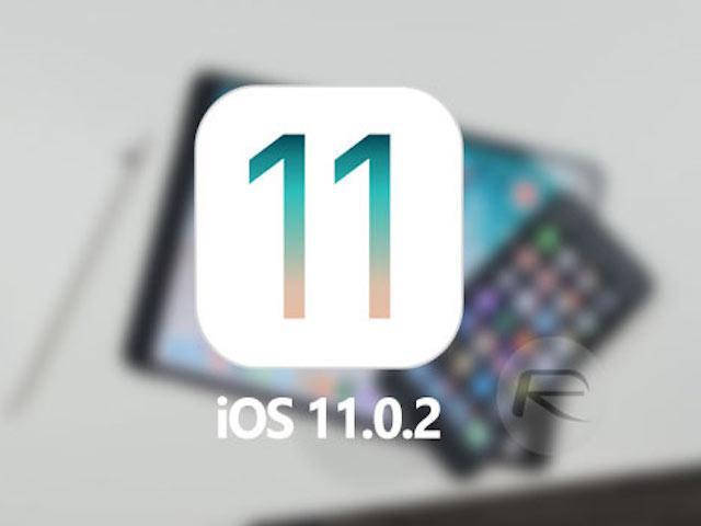 """SIM ghép """"thần thánh"""" không còn phép màu, iPhone khóa mạng sẽ ra sao?"""