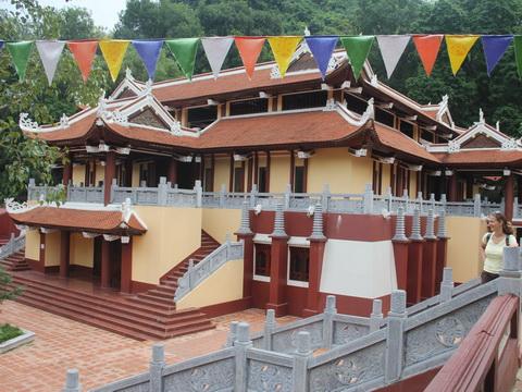 Sở VH& TT Hà Nội: công trình mới xây dựng tại chùa Hương là sai phép