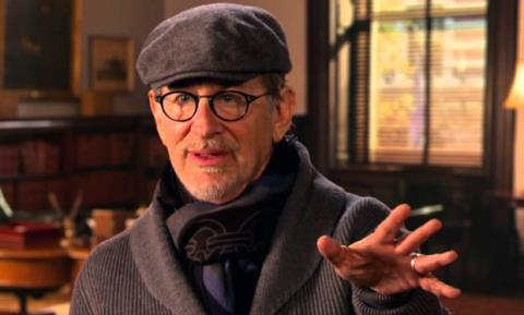 Steven Spielberg hủy ra mắt phim tại Paris sau vụ khủng bố liên hoàn