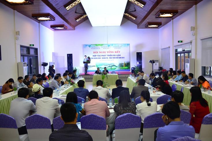 Tăng cường kết nối du lịch ba tỉnh Quảng Bình-Quảng Trị và Thừa Thiên-Huế