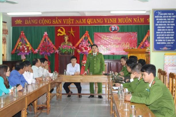 Tết vì người nghèo cùng bà con nhân dân xã Trường Sơn