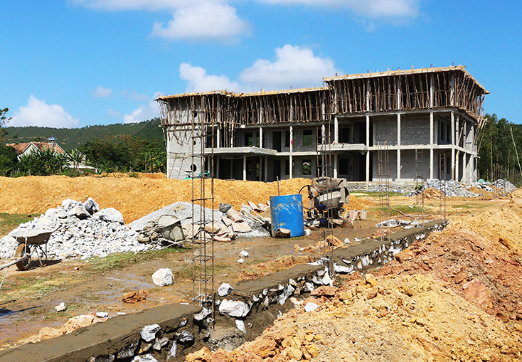 """Thêm một địa phương nhận công trình của nhà """"tài trợ"""" dởm Mai Thùy Linh"""