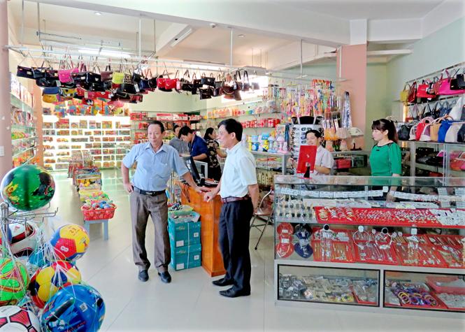 Thị xã Ba Đồn: Doanh thu bán lẻ hàng hoá và dịch vụ đạt trên 1.300 tỷ đồng