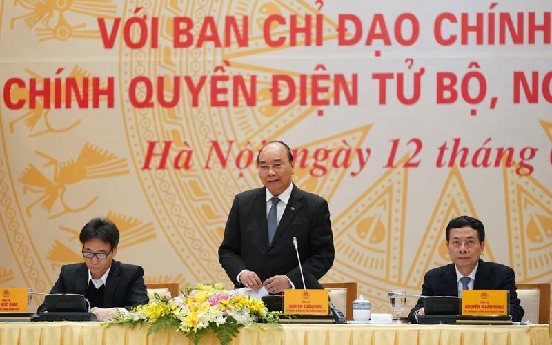 Thủ tướng: Làm tốt Chính phủ điện tử góp phần ngăn ngừa virus Covid-19